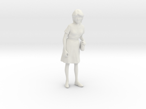 1/24 Spectator Lady in Skirt in White Natural Versatile Plastic