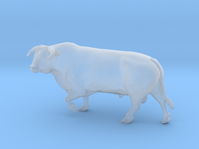1/64 Horned Hereford Bull Walking Left Turn in Smooth Fine Detail Plastic
