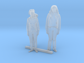 S Scale Standing Women 6 in Smooth Fine Detail Plastic
