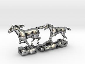 Gallopierende Pferde in Antique Silver