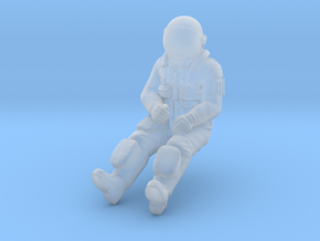NASA Space Shuttle Crew Mission Specialist in Smoothest Fine Detail Plastic: 1:48 - O