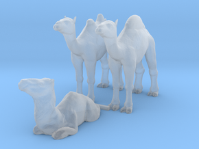 HO Scale Camels in Smooth Fine Detail Plastic