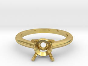 Four claw ring in Polished Brass