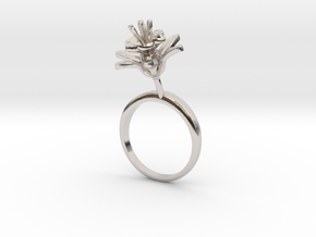 Pomegranate ring with one small flower in Rhodium Plated Brass: 7.25 / 54.625