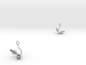 Hyacint earring with two small flowers in Rhodium Plated Brass