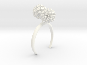 Garlic bracelet with two large flowers L in White Processed Versatile Plastic: Medium