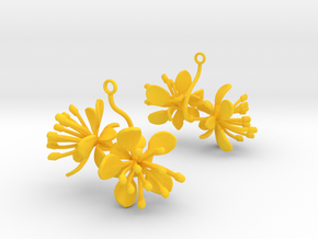 Raspberry earring with two large flowers in Yellow Processed Versatile Plastic