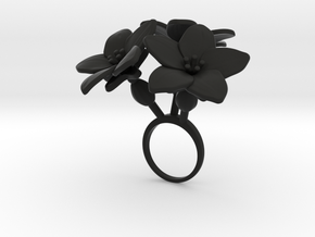 Melon ring with three large flowers in Black Natural Versatile Plastic: 7.25 / 54.625
