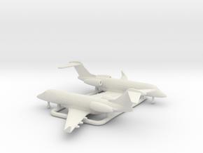 Bombardier Challenger 300 in White Natural Versatile Plastic: 1:350