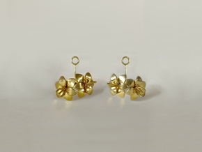 Amaryllis earring with two small flowers in 14k Gold Plated Brass