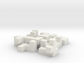 Building a cube (small) in White Natural Versatile Plastic