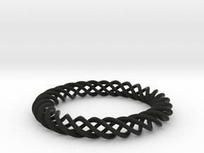 Braiding ring in Black Strong & Flexible