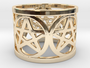 Ring of 5 Pentagrams in 14K Yellow Gold