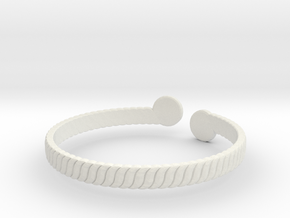 Simple Braided Bracelet -v1b in White Natural Versatile Plastic