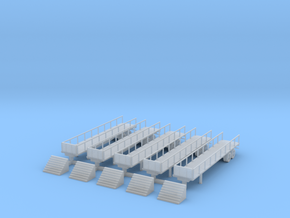 Flatbed 02 Reviewing Stand with Steps in Smooth Fine Detail Plastic