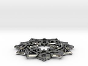 Nimyade Star Pendant in Polished Silver