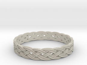Hieno Delicate Celtic Knot Size 8 in Natural Sandstone