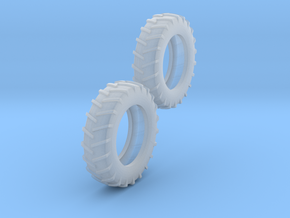 1:64 18.4-38 Tire Pair in Smooth Fine Detail Plastic