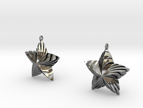 Tortuous Stars Earrings in Fine Detail Polished Silver