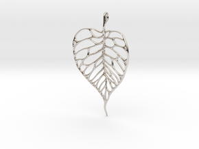 Heart Shaped Leaf Pendant: 5cm in Platinum