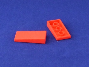 Marble Run Bricks: Sloped Tiles Set in Red Processed Versatile Plastic