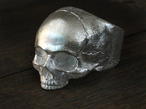 Yorick Memento Mori Skull Ring in Natural Silver