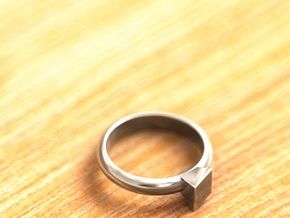 Cristall Ring 4, 6 size in Fine Detail Polished Silver