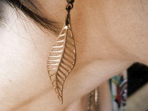 Two Leaves (earring / pendant) in Natural Brass