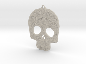 Skully Earrings in Sandstone