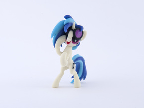 Vinyl Scratch in Full Color Sandstone
