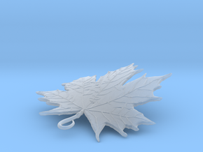 LEAF PENDANT in Smooth Fine Detail Plastic