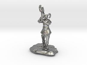 Tiefling Paladin Mini in Plate with Great Axe in Raw Silver