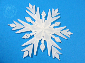 Froze Snowflake Bigger in Smooth Fine Detail Plastic
