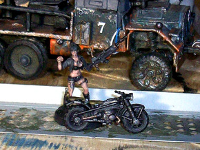 28mm WW2-style Motorbike model-2 (X10) in Frosted Ultra Detail
