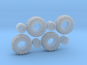 Custom 18in Wheel-tire in Smooth Fine Detail Plastic