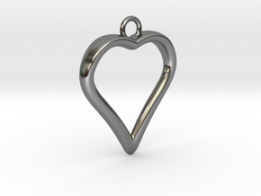 Heart 001 in Fine Detail Polished Silver
