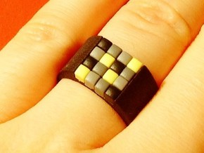 16-bit ring (US7/⌀17.3mm) in Black Natural Versatile Plastic