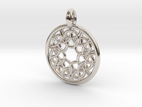 Elara pendant in Platinum