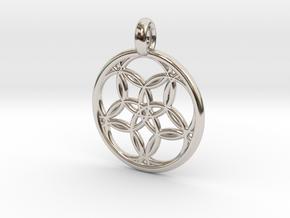 Hegemone pendant in Platinum