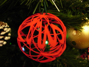 X-mas IV - Cross of Stars - Christhmas Ball in Red Processed Versatile Plastic