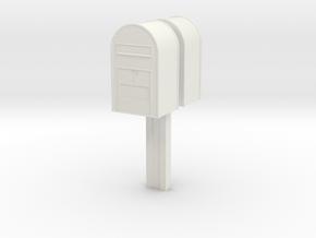 1/22,5 - Klassisk Dansk Postkasse på stang (dobbel in White Strong & Flexible