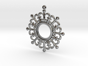 Flower shape pendant in Polished Silver