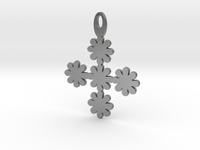 Flower pendant in Natural Silver