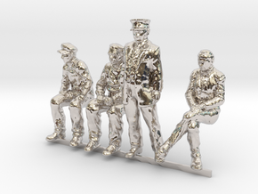 HO scale Figures 4 pack in Platinum
