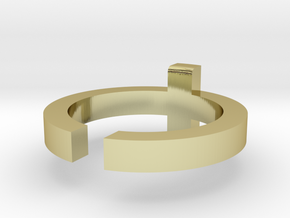 (USA) 6 Cross - Multiple Sizes in 18K Gold Plated