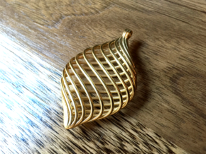 Twisted Pendant in 18K Gold Plated