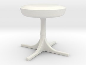 1:24 Nelson Stool in White Natural Versatile Plastic