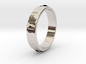 Faceted Ring. US 5.0 in Rhodium Plated Brass