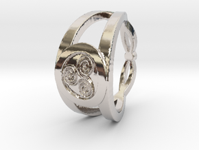Triskelion insignia ring Ring Size 7 in Rhodium Plated Brass
