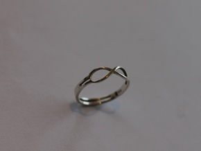 68 Forever Ring Size 7 in Polished Silver